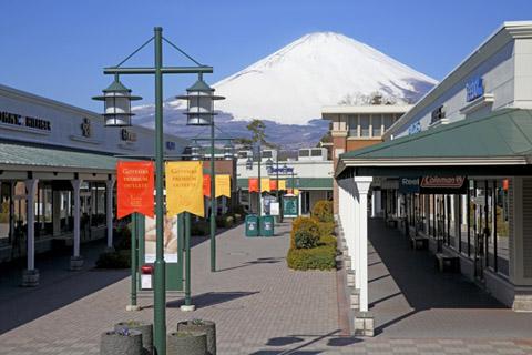御殿場 アウトレット 富士山