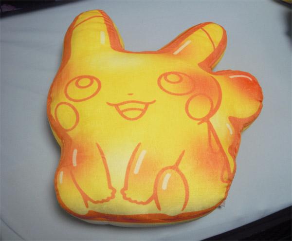 もちもちクッション Pikachu Gummi Candy